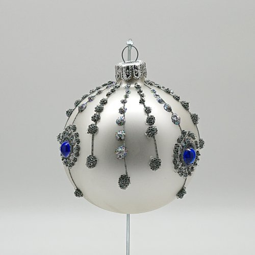 Шар с кристаллами серебрянный