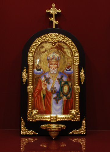 Икона  Николая Чудотворца c лампадой h600